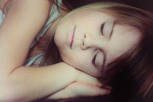 dormir niña